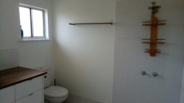 Salle de bains droite