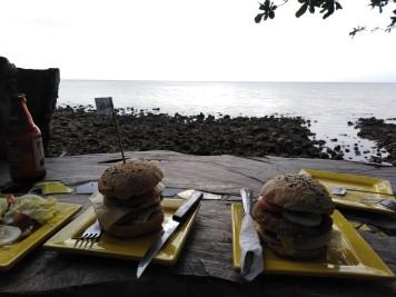 Beehive burgers