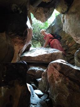 Escalade dans la grotte